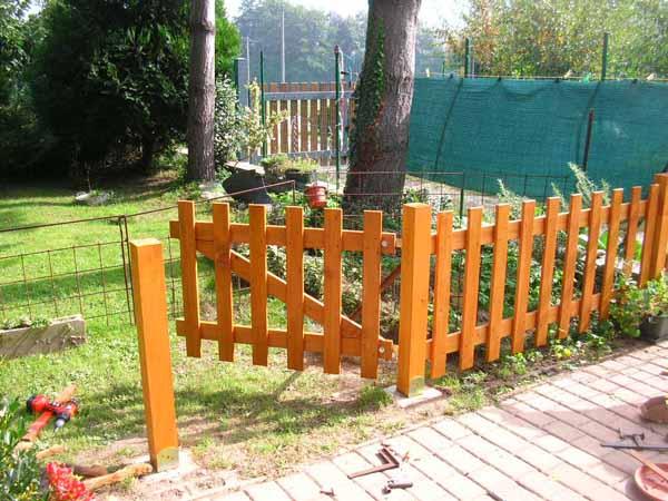 Cancelletto In Legno : Ecco la mia recinzione in legno la grande opera è conclusa!!